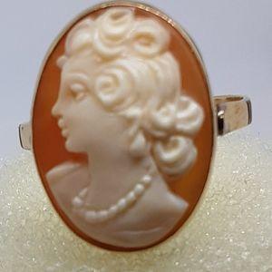 14kt vintage ladies Cameo ring 1940s